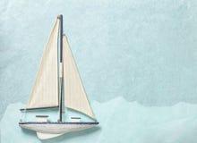 Segla yachtpappersbakgrund Fotografering för Bildbyråer