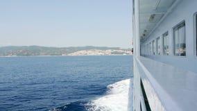 Segling för kryssningfärjaskepp stock video