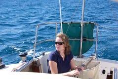 seglingkvinna Arkivbild