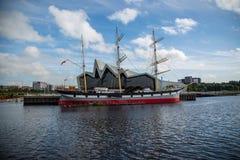 Seglingskeppet Glenlee på flodstrandmuseet i Glasgow, Skottland Royaltyfri Bild