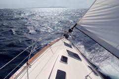 seglingsun in mot Fotografering för Bildbyråer