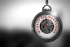 Segmentazione del mercato sul fronte d'annata dell'orologio illustrazione 3D Fotografia Stock Libera da Diritti