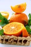 Segmentos anaranjados y anaranjados y menta Fotografía de archivo libre de regalías