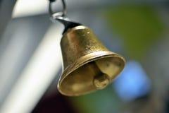 Segnalatore acustico del metallo dell'oro Fotografia Stock Libera da Diritti