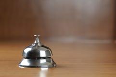 Segnalatore acustico di servizio degli esercizi alberghieri Immagini Stock Libere da Diritti