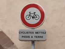 Segnale dentro Strasburgo con la bicicletta fotografia stock libera da diritti