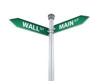 Segnale di direzione di Main Street e di Wall Street Fotografie Stock Libere da Diritti