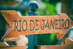 Segnale di direzione di Rio de Janeiro Fotografie Stock Libere da Diritti