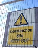 Segnale di pericolo del cantiere Fotografie Stock Libere da Diritti