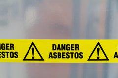 Segnale di pericolo dell'amianto Immagini Stock Libere da Diritti
