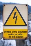 Segnale di pericolo di elettricità ceca Fotografia Stock Libera da Diritti