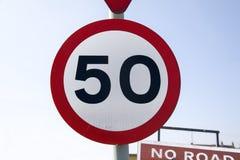 Segnale stradale 50 Fotografia Stock