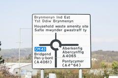 Segnale stradale di Lingua gallese Immagine Stock
