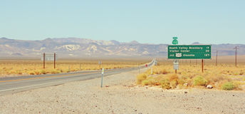 Segnale stradale da uno stato all'altro Fotografia Stock Libera da Diritti