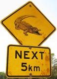 Segnale stradale del coccodrillo immagine stock libera da diritti