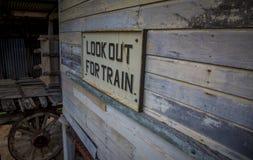Segnale stradale del treno Fotografia Stock