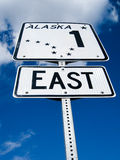 Segnale stradale dell'Alaska su Glenn Highway Fotografia Stock
