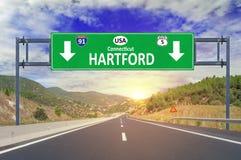 Segnale stradale di Hartford della città degli Stati Uniti sulla strada principale Fotografia Stock Libera da Diritti