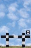 Segnale stradale di traffico ferroviario senza uscita del treno del vicolo cieco, Fotografia Stock Libera da Diritti