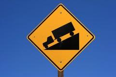 Segnale stradale ripido immagine stock