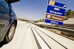 Segnali stradali all'alta velocità Fotografie Stock Libere da Diritti