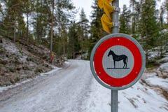 Segnali stradali per i cavalli royalty illustrazione gratis