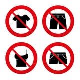 Segni dei vestiti Maglietta e pantaloni con gli shorts Fotografie Stock