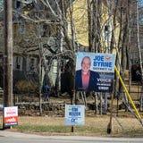 Segni di elezione di NDP PEI, del partito del PC di PEI e di PEI liberale per l'elezione provinciale 2019 a Charlottetown immagine stock libera da diritti