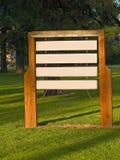 Segni di legno in bianco Fotografia Stock
