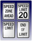 Segni di limite di velocità Fotografia Stock