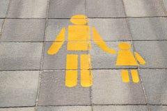 Segni sulla passeggiata laterale Immagini Stock Libere da Diritti