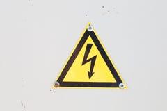 Segno ad alta tensione Simbolo del pericolo icona d'avvertimento Fotografia Stock Libera da Diritti