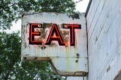 Segno al neon d'annata del ristorante Fotografia Stock Libera da Diritti