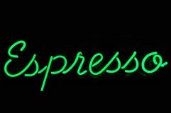 Segno al neon del caffè espresso verde Fotografia Stock Libera da Diritti