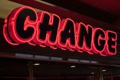 Segno al neon del cambiamento Fotografia Stock Libera da Diritti