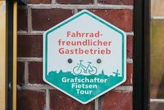 Segno amichevole della bicicletta fotografia stock
