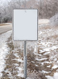 Segno in bianco con i ghiaccioli Immagini Stock Libere da Diritti