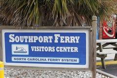 Segno concentrare degli ospiti del traghetto di Southport Fotografie Stock Libere da Diritti