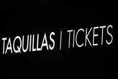 Segno dei biglietti fotografia stock