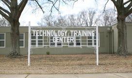 Segno del centro di formazione di tecnologia Fotografia Stock Libera da Diritti