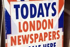 Segno del giornale di Londra Fotografie Stock