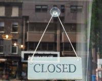 Segno del negozio chiuso fotografia stock