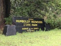 Segno del parco di stato delle sequoie di Humbolt fotografia stock libera da diritti