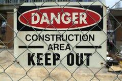 Segno del pericolo di zona della costruzione Fotografie Stock Libere da Diritti