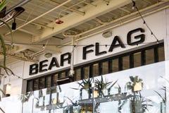 Segno del ristorante della bandiera dell'orso immagine stock