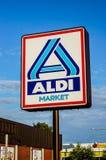Segno del supermercato di Aldi Fotografia Stock