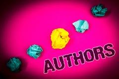 Segno del testo che mostra gli autori Backg concettuale di rosa di concetto di Creator Ideas del compositore di Poet Biographer P immagini stock libere da diritti
