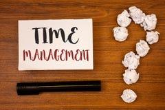 Segno del testo che mostra la gestione di tempo Il programma concettuale della foto ha progettato per Job Efficiency Meeting Dead immagini stock libere da diritti