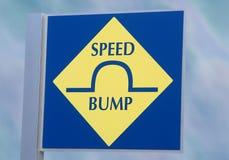Segno del trasporto dell'urto di velocità Immagini Stock