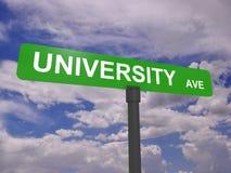 Segno del viale dell'università Fotografie Stock Libere da Diritti